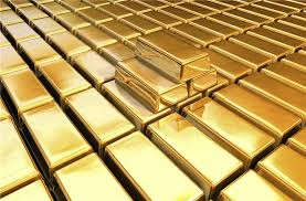 gold-social-media-content